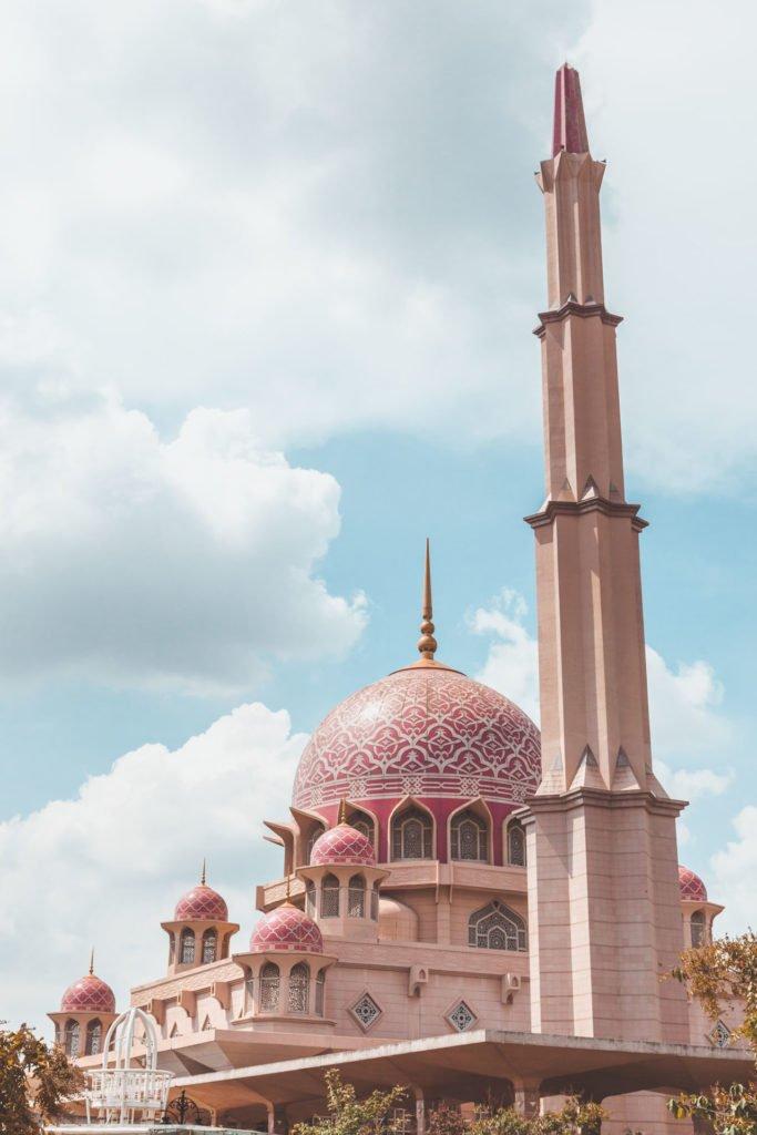 Putra Mosque Putrajaya, Kuala Lumpur, Malaysia