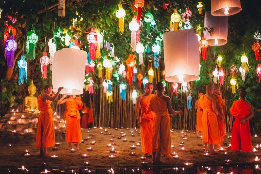 Lantern festival Thailand Buddhist ceremony Chiang Mai temple