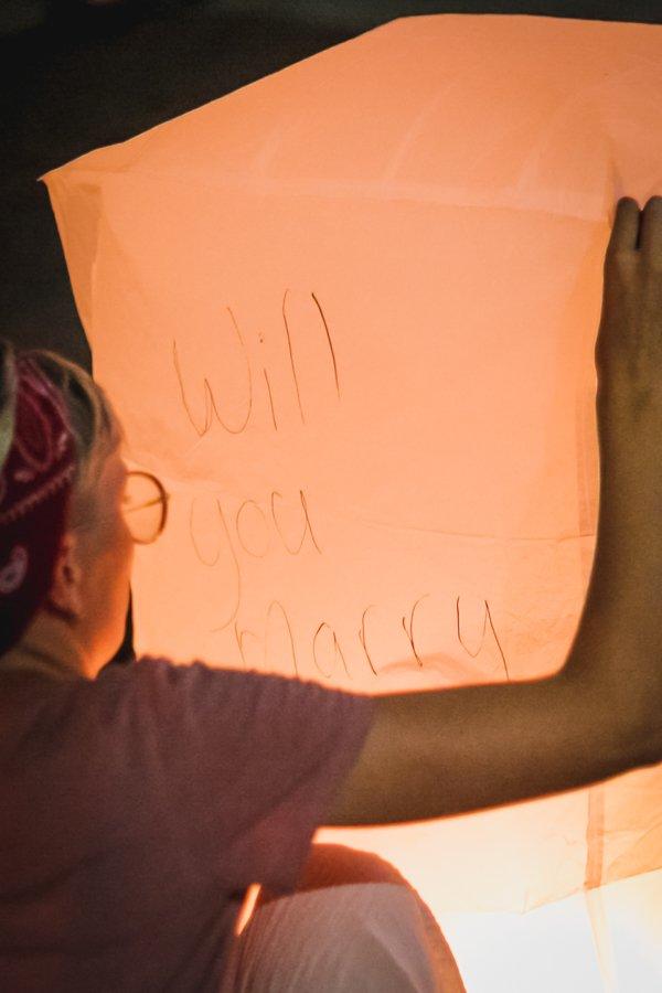 Lantern festival Thailand lesbian proposal, lantern written message will you marry me