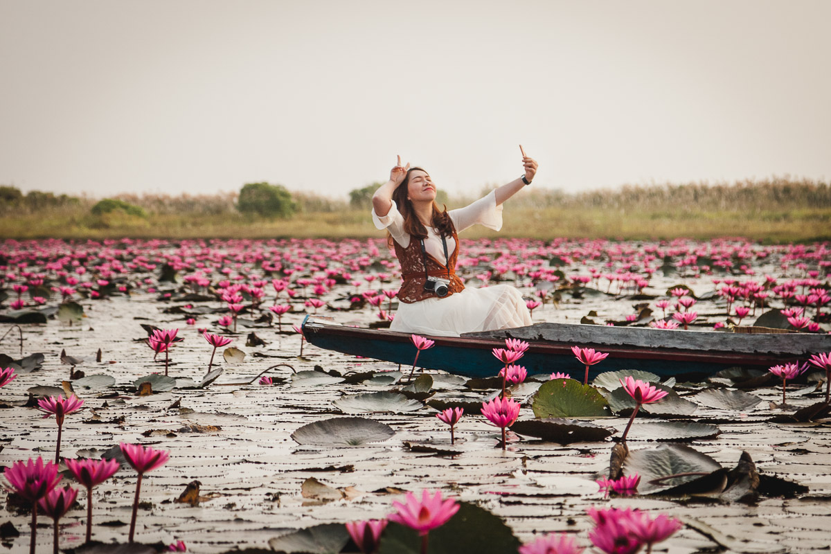 Red Lotus Sea Thailand Udon Thani things to do