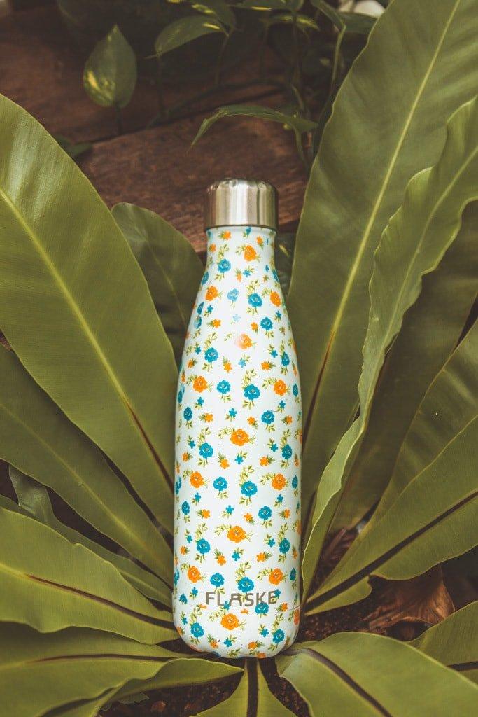 Sustainable Travel Essentials - water bottle