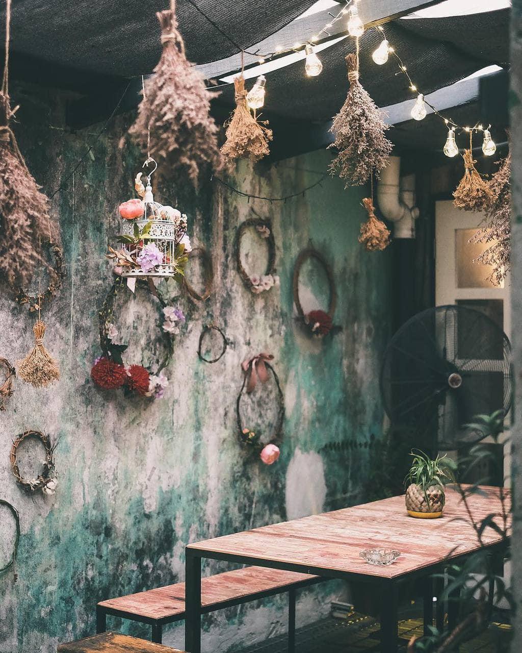 Merchant's Lane Cafe Kuala Lumpur by @merchantslane