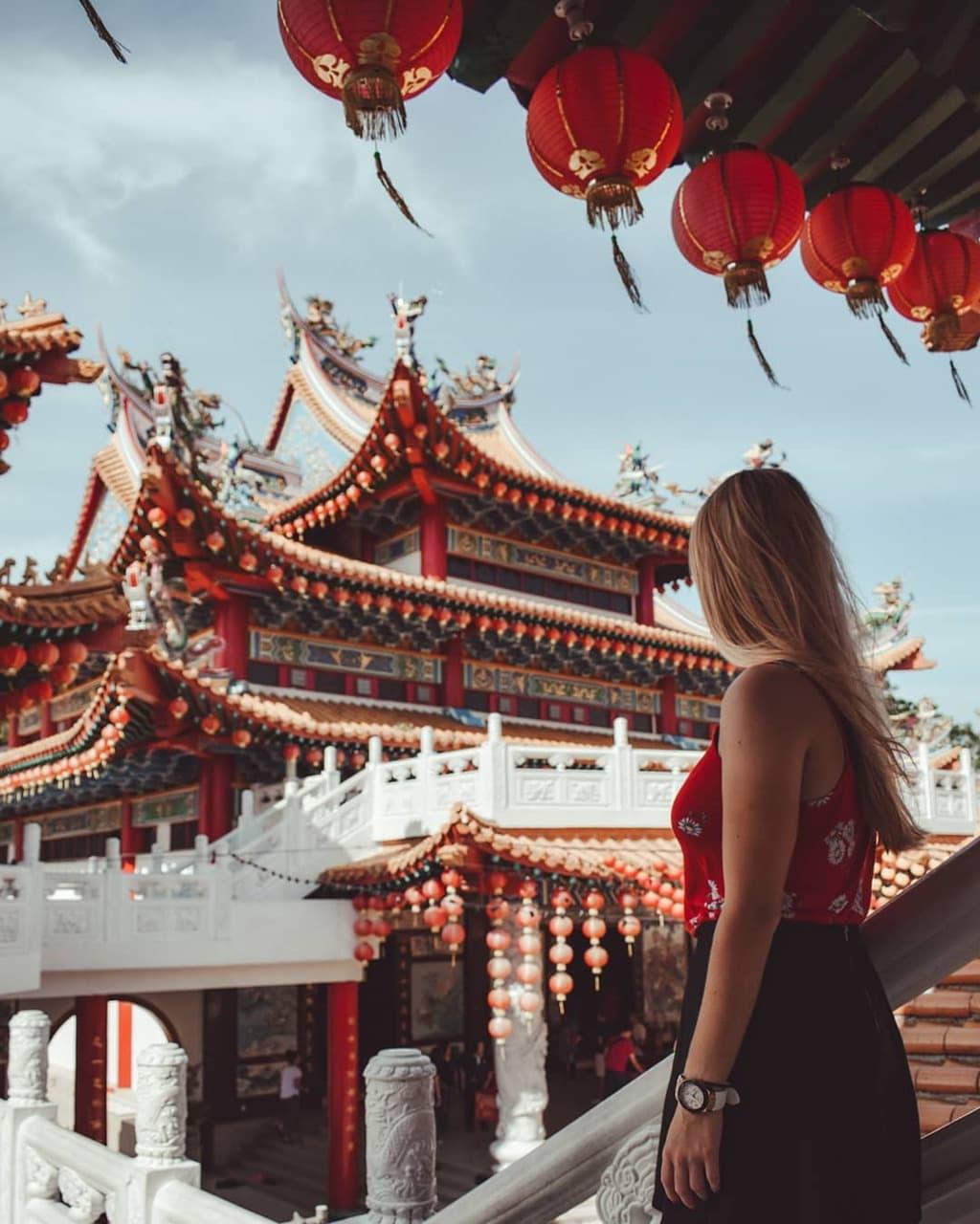 Thean Hou Temple, Kuala Lumpur, by @imlostinwanderlust