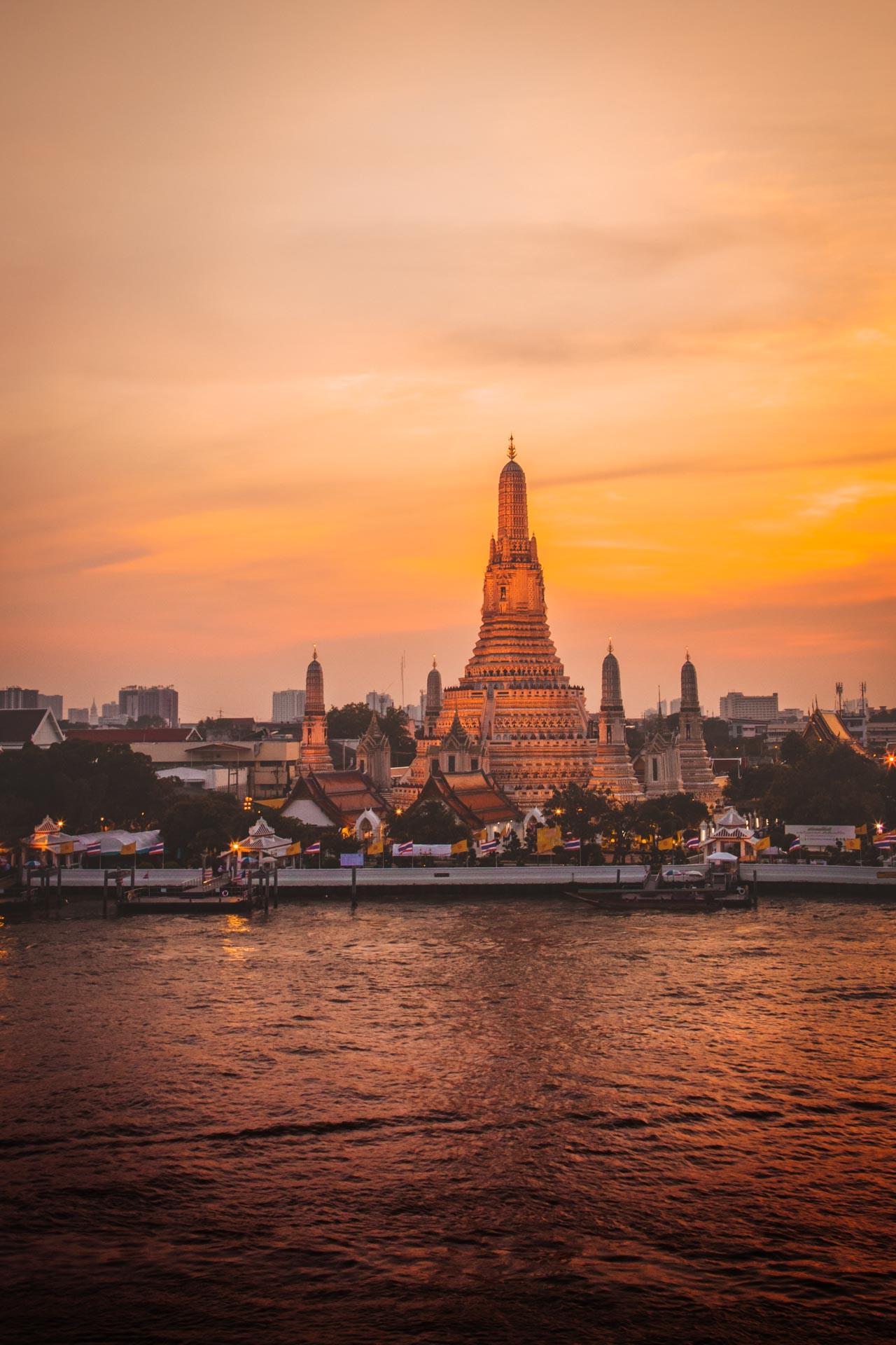 Wat Arun, Chao Phraya River, sunset, Thonburi, Bangkok