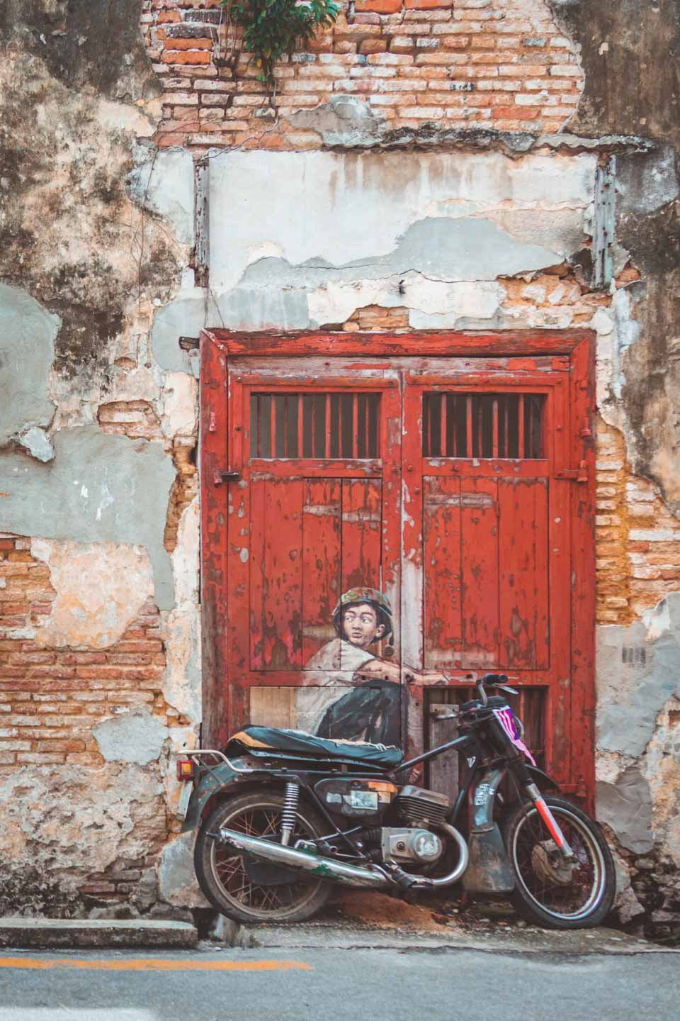 Boy on Bike, Ernest Zacharevic, Penang Street Art, Georgetown