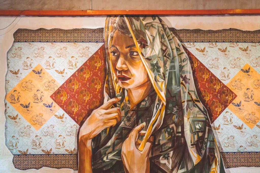 Woman painting, Art Lane Penang