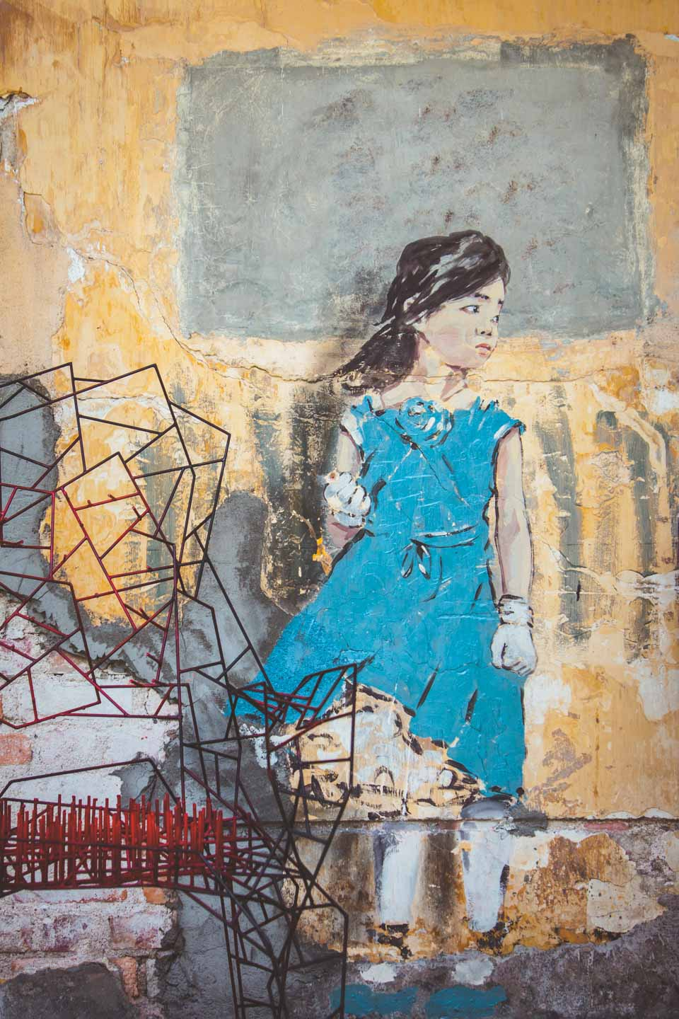 Thoughful girl, Art is Rubbish by Ernest Zacharevic
