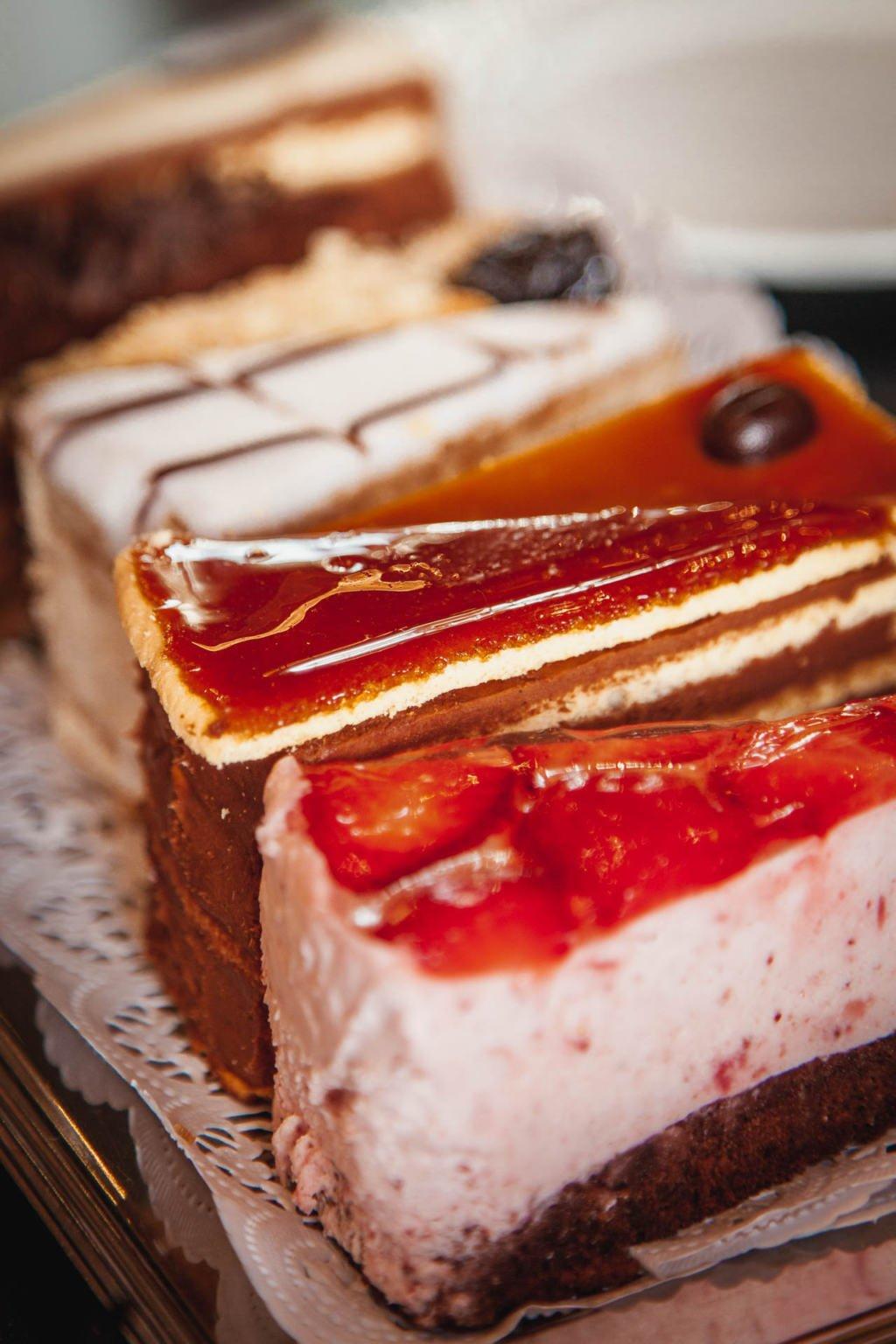 Hungarian pastry, Dobos torte, sponge cake, Szamos Cafe Budapest