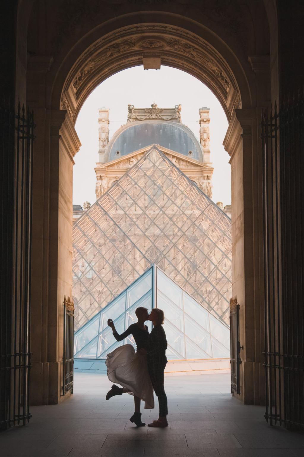 Louvre Pyramid, silhouette photography, Musée du Louvre, sunset, Paris