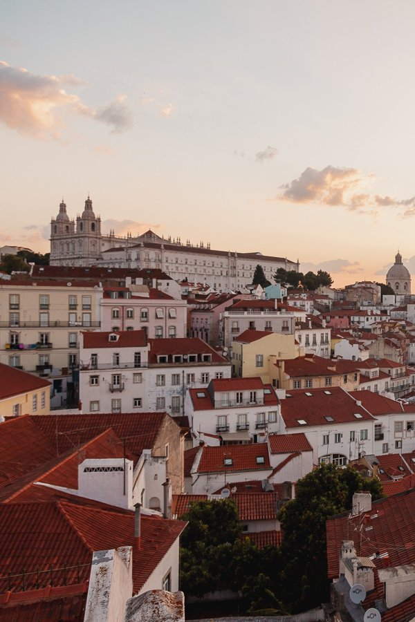 Miradouro das Portas do Sol, Lisbon viewpoint
