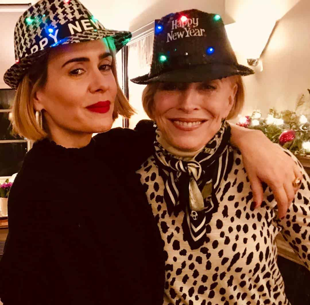 Sarah Paulson mssarahcatharinepaulson and Holland Taylor hollandvtaylor lesbian instagram
