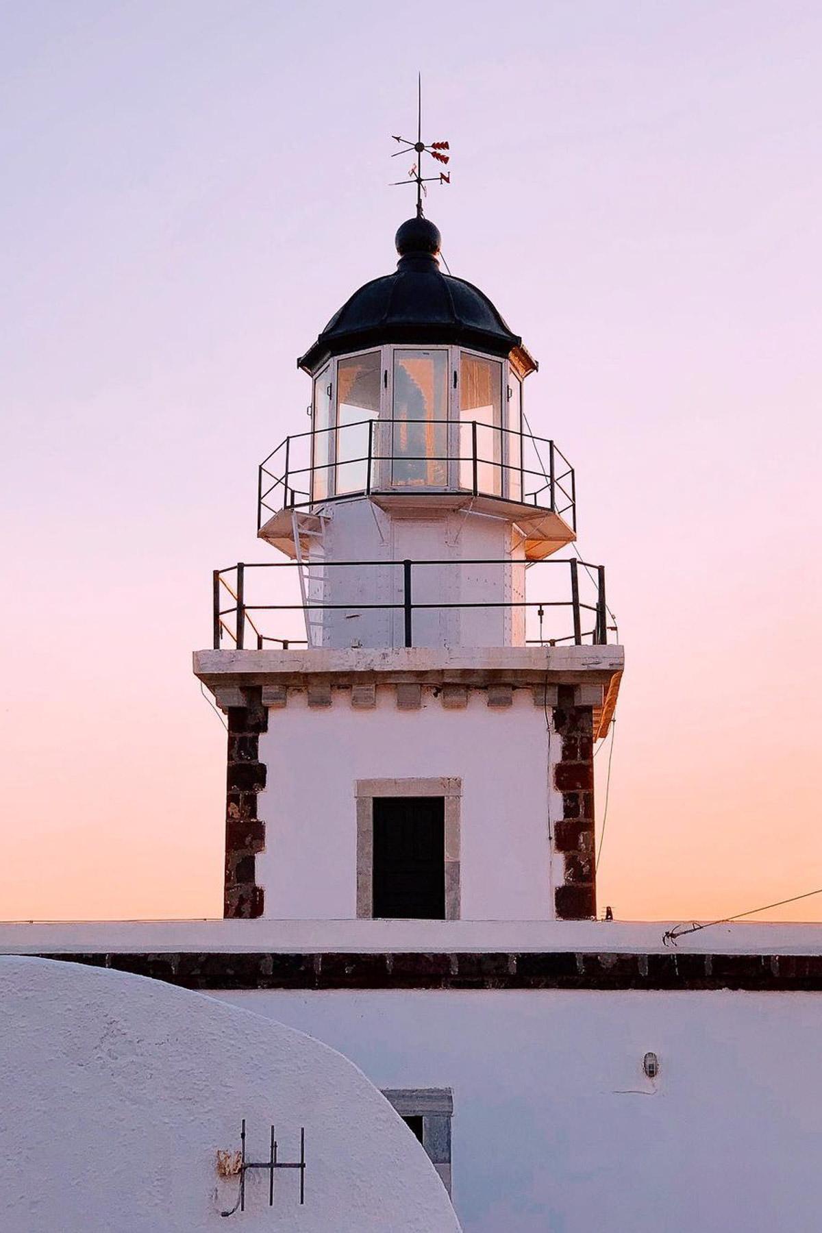 Akrotiri Lighthouse by @sweetshirinn
