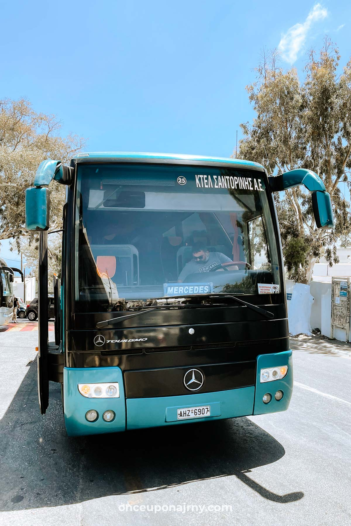 KTEL Bus Santorini Airport to Fira