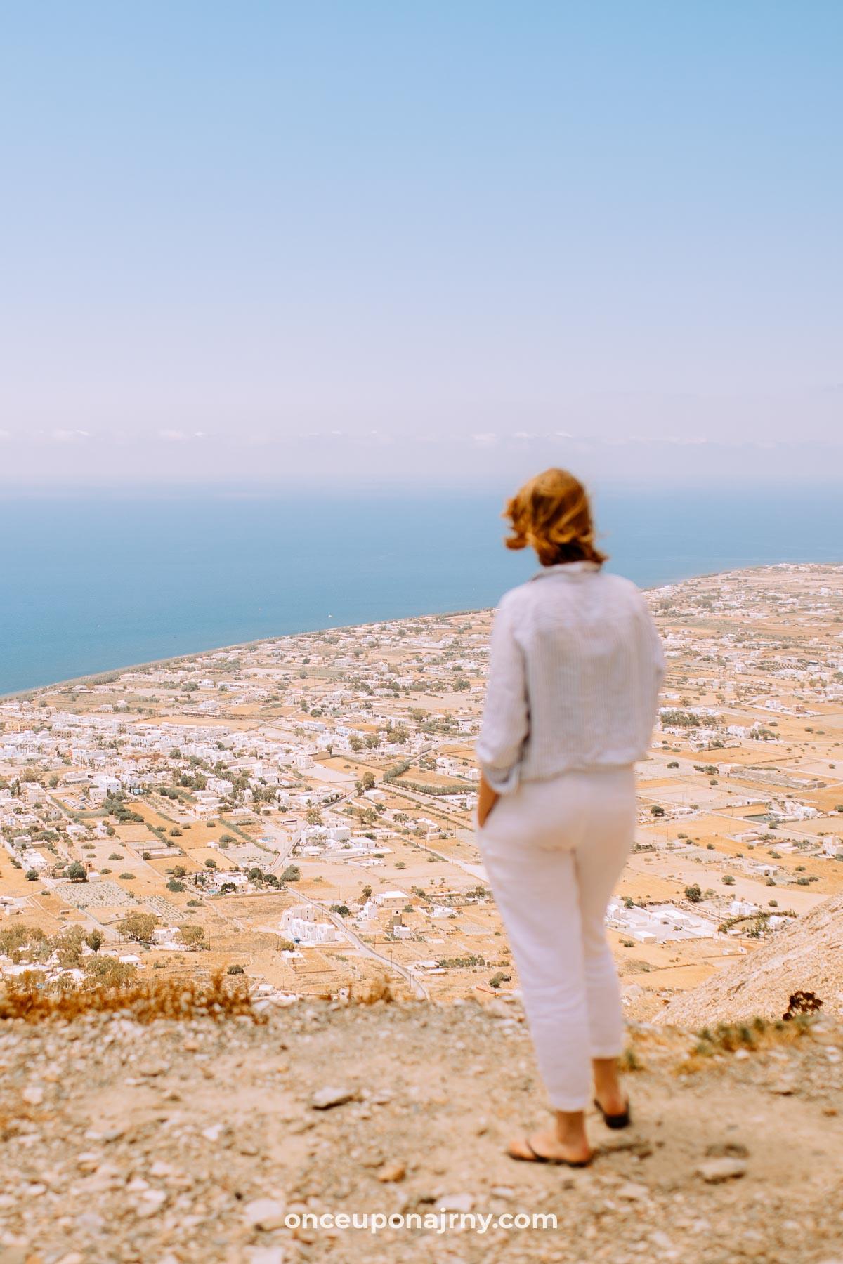 Ancient Thera Santorini in 3 days