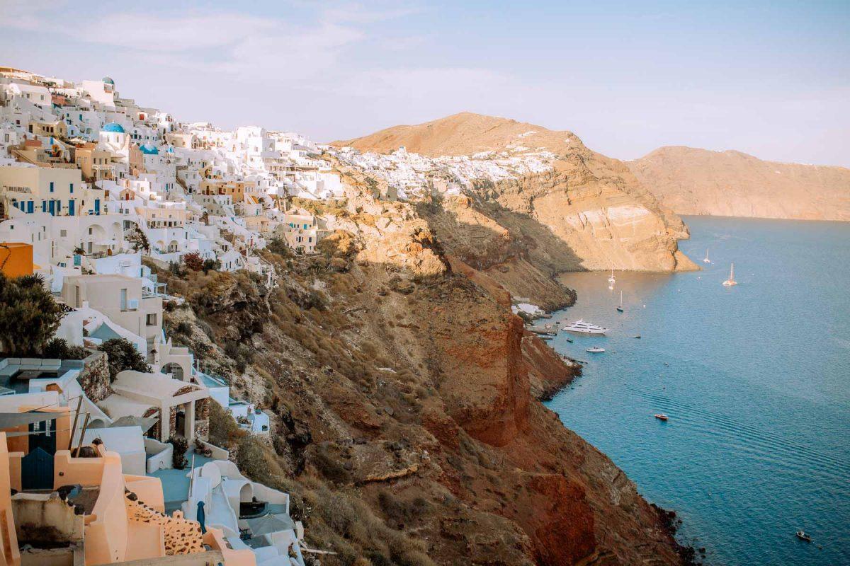 Hike from Oia to Fira Santorini itinerary