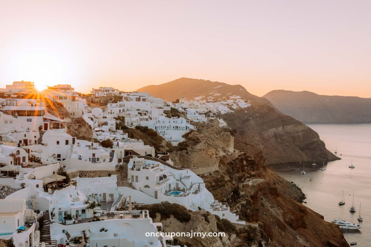 Oia Sunrise best things to do in Santorini 3 days itinerary