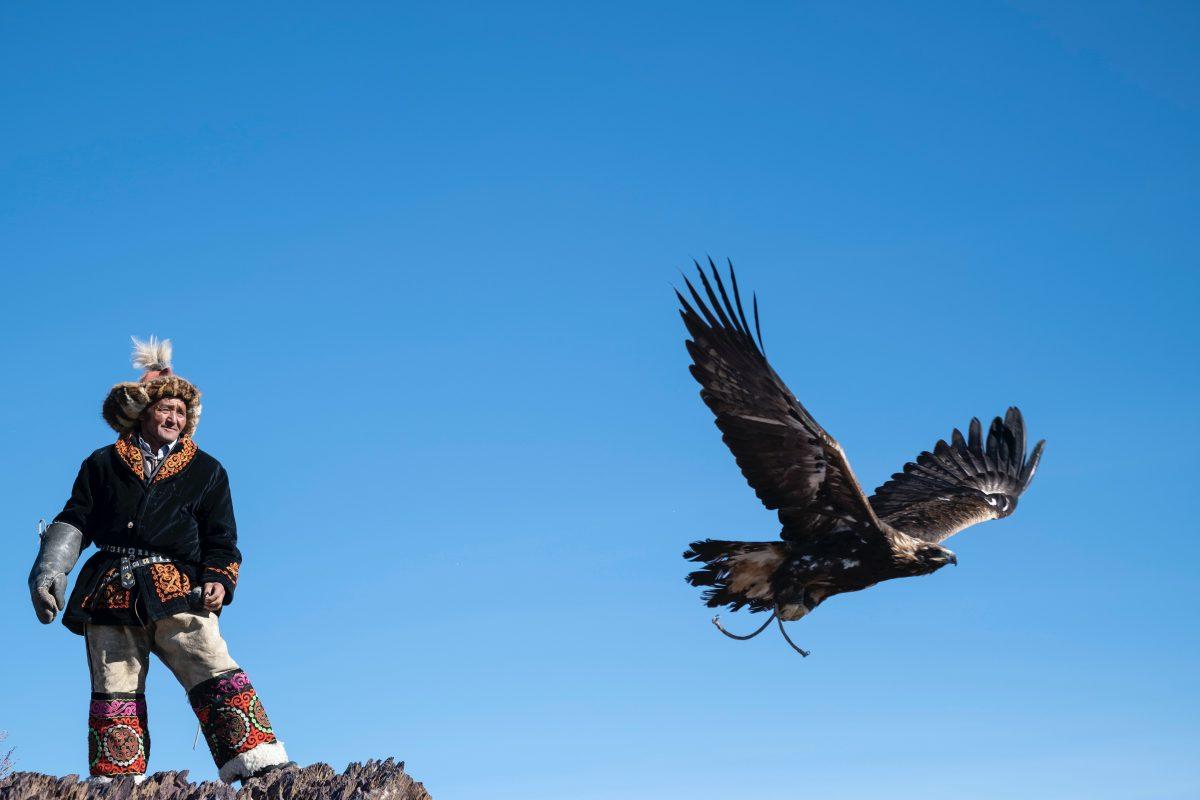 Eagle hunter Mongolia Kazakh