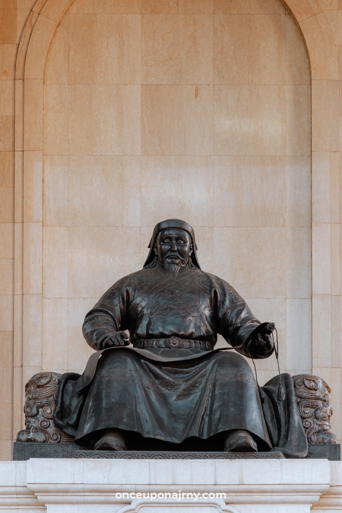 Mongolian Parliament building statue of Genghis Khan