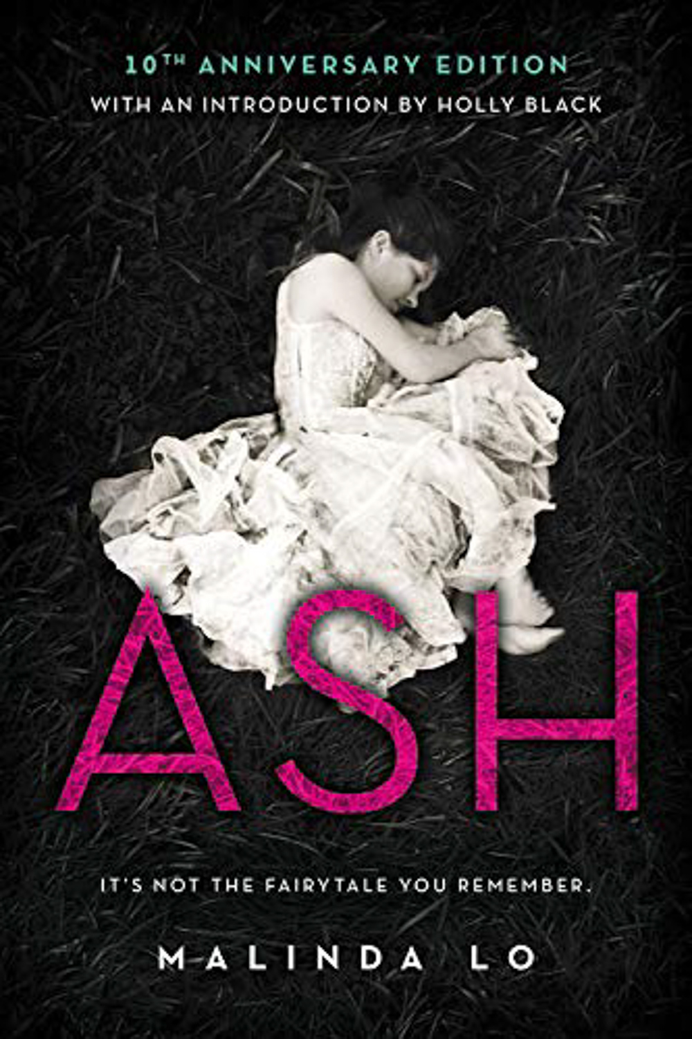 Ash by Malinda Lo lesbian books
